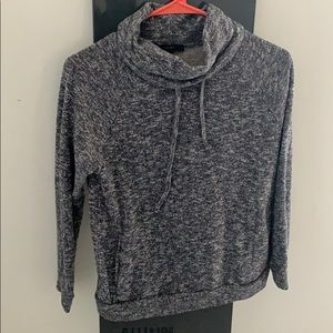 Gray long sleeved sweater